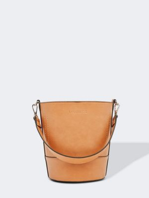 tn_Bucket camel front